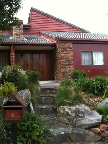 Homestay in Sunnybank Hills near Runcorn Railway Station
