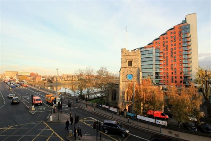 Homestay in Putney near Putney Bridge