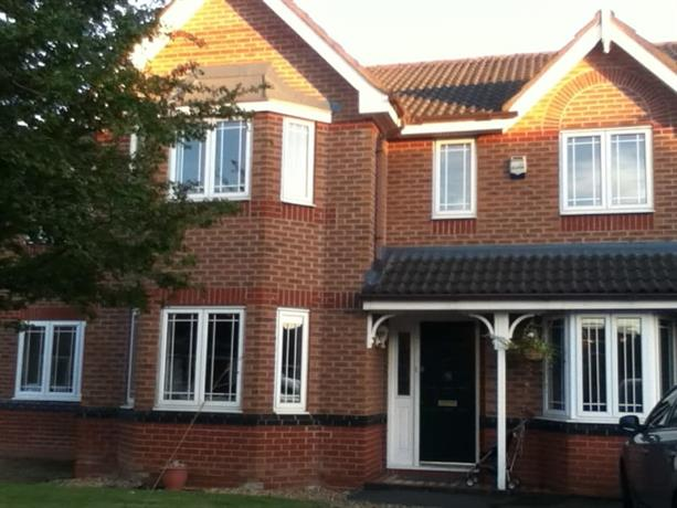 Homestay - Fun loving family in Cheshire area