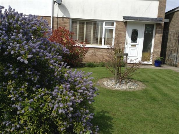 Homestay in Stroud near Stroud College