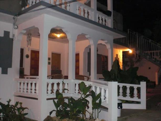 Homestay in Negril near Seven Mile Beach