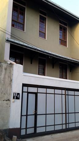 Homestay in Dehiwala near Informatics Institute of Technology