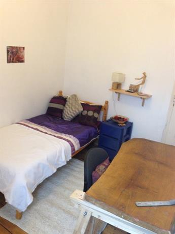 Homestay in Oldbury near Smethwick Rolfe Street Railway Station