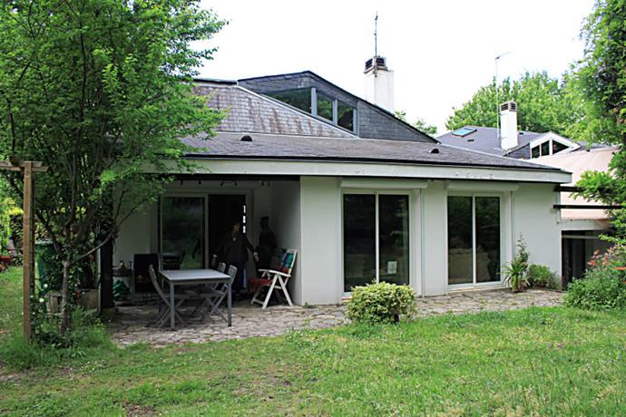 Homestay in Merignac near Quatre Chemins Tram Station