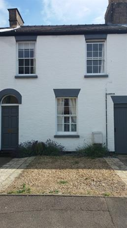 Homestay in Huntingdon near Cromwell Museum