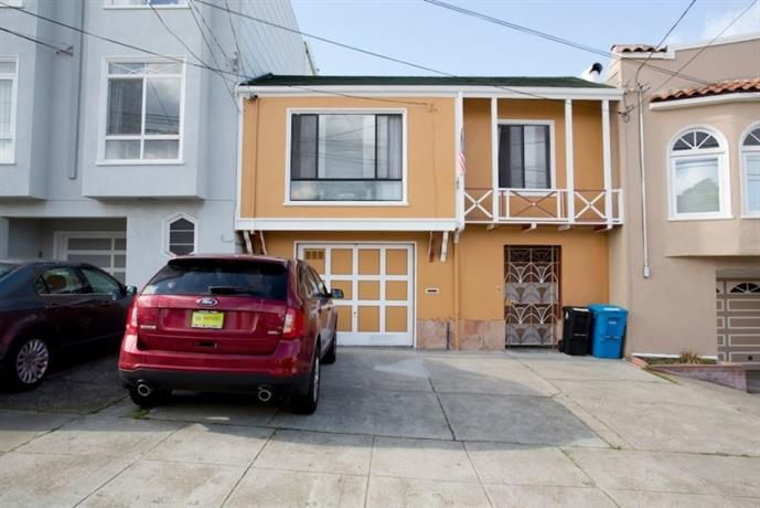 Homestay in Central Sunset near Grand View Park