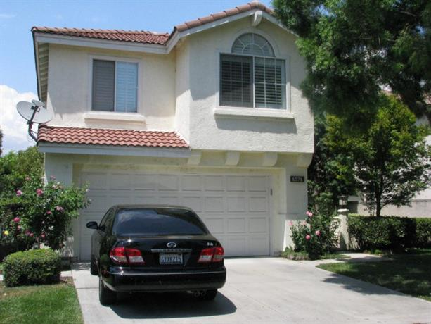 Homestay in Covina near Covina Metrolink Station