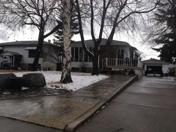 Homestay in Northeast Calgary near Marlborough Mall