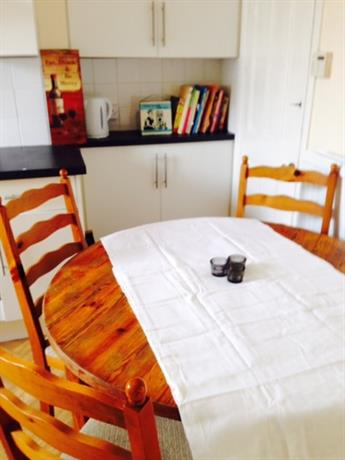 Homestay in Sheffield near Sheffield Antiques Emporium