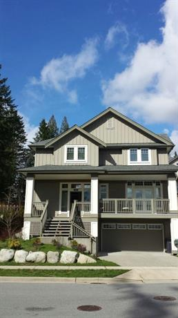 Homestay in Coquitlam near Galloway Park