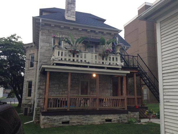 Homestay in Coatesville near National Bank of Coatesville Building