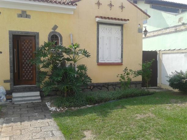Homestay in Bento Ribeiro near Bento Ribeiro Train Station
