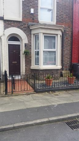 Homestay in Bootle near Bank Hall Railway Station