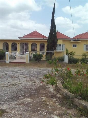 Homestay - Welcome to Cool Mandeville Jamaica