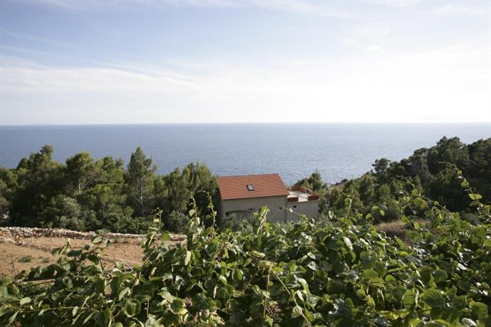 Homestay - Stone villa with spectacular views