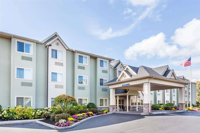 Microtel Inn & Suites Verona