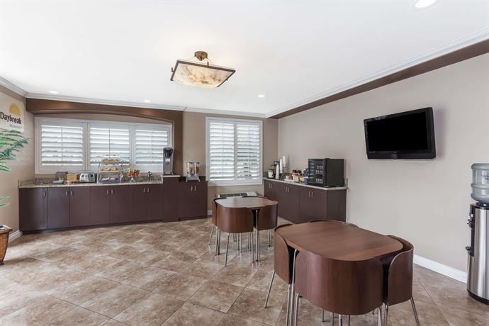 Charming About Days Inn U0026 Suites Anaheim   Garden Grove