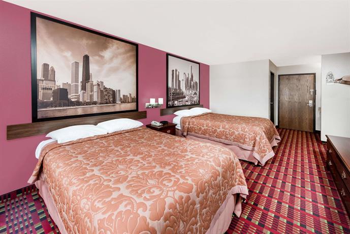 Super 8 paris compare deals for Super hotel paris