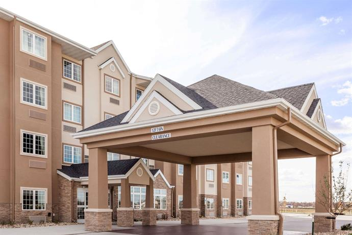 Microtel Inn & Suites by Wyndham West Fargo Near Medical Center