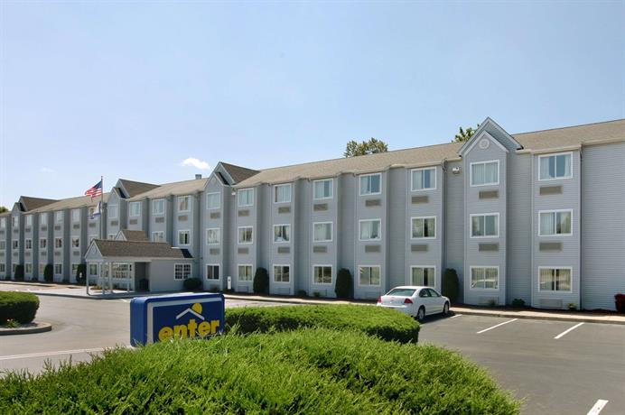 Microtel Inn by Wyndham Charleston South