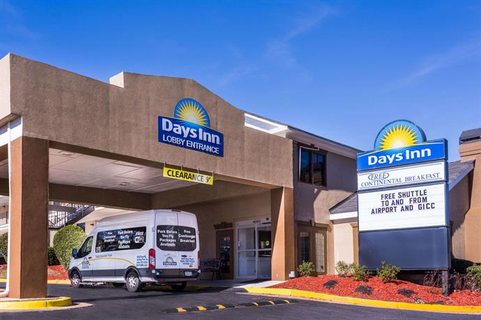 Days Inn by Wyndham College Park Atlanta Airport South