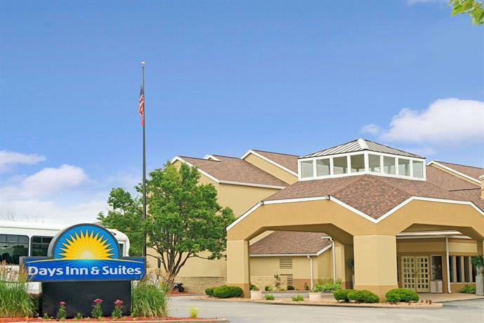 Days Inn by Wyndham St Louis Westport MO