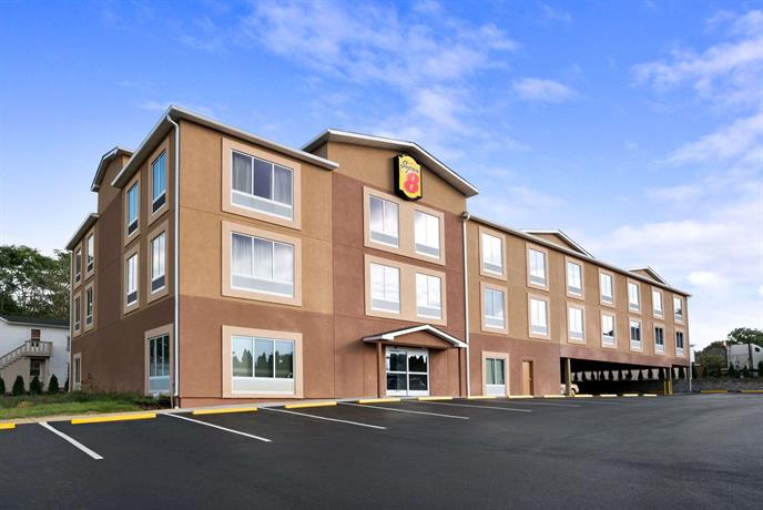 Super 8 by Wyndham Hershey Hotel
