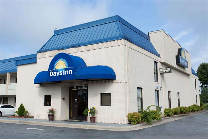 Days Inn by Wyndham High Point Archdale