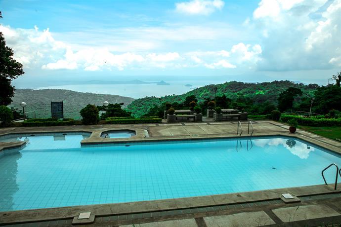 Days Hotel Tagaytay Compare Deals