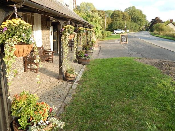 The ivy house inn chalfont st giles compare deals for The ivy house