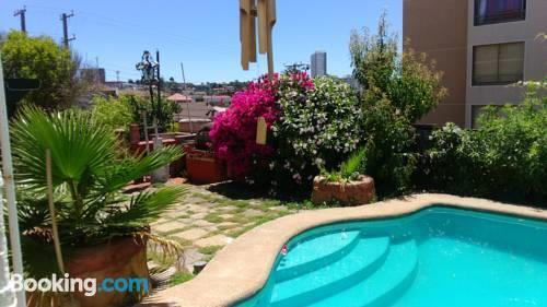 Lujo de mar vina del mar compare deals for Booking hoteles de lujo