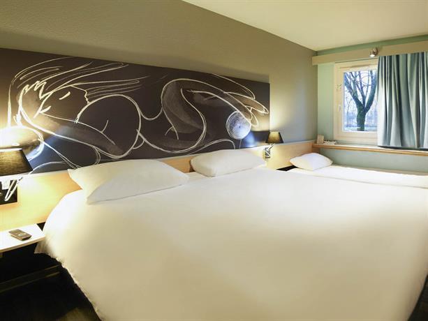 ibis bourg en bresse bourg en bresse compare deals. Black Bedroom Furniture Sets. Home Design Ideas