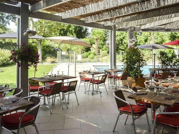 Ibis salon de provence sud salon de provence comparez for Ibis salon de provence