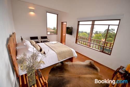 Casa chicala villa de leyva compare deals for Case modulari con suite suocera