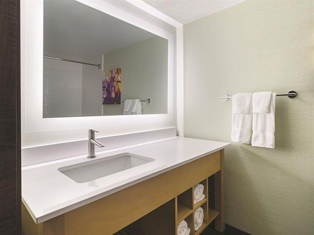 Inn suites orange county santa ana encuentra el mejor for 2721 hotel terrace santa ana ca