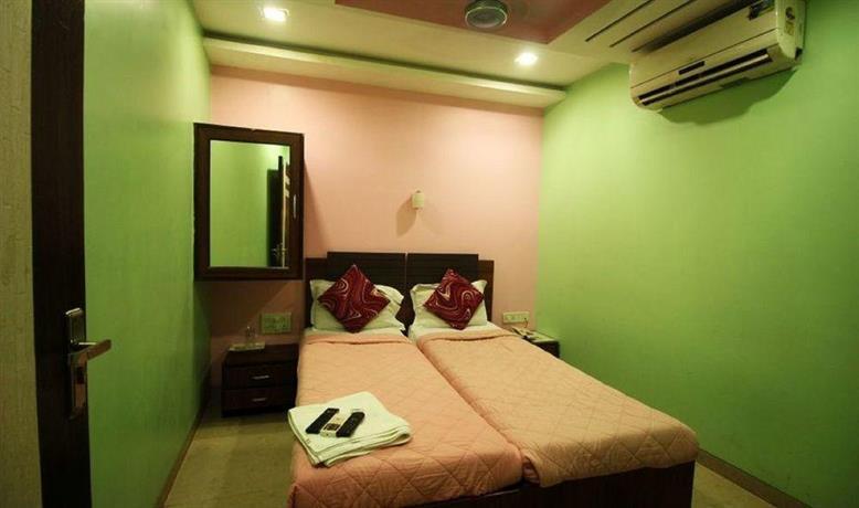 Metro Dormitory Mumbai Compare Deals
