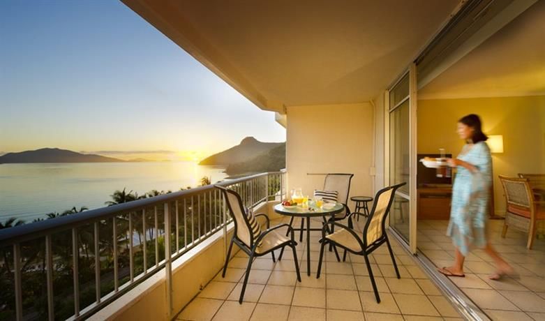 About Whitsunday Apartments