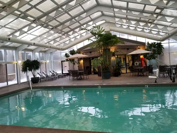 Best Western Okemos East Lansing Hotel & Suites