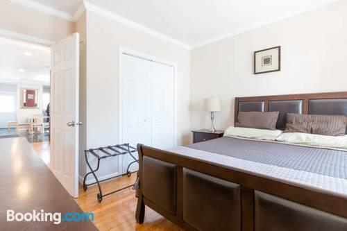 Modern 3 Bedroom Apartment Close Boston And City Center