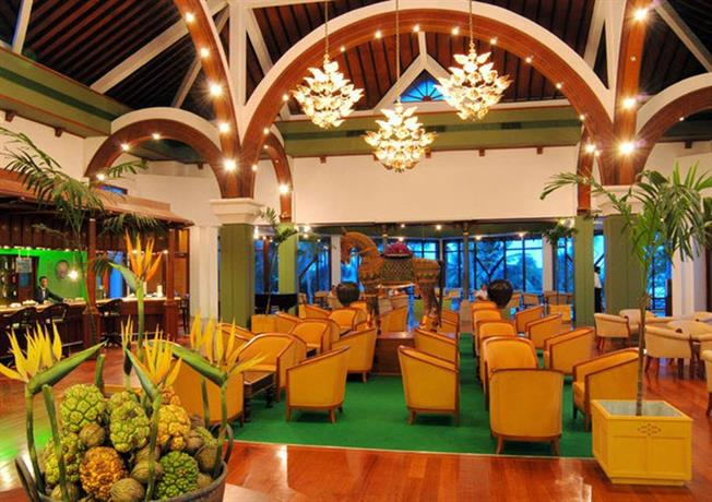 About Royal Palms Beach Hotel