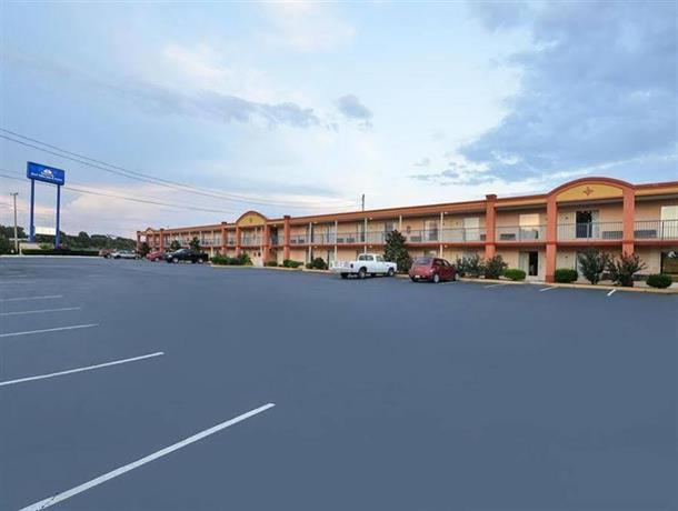 America's Best Value Inn Williamstown