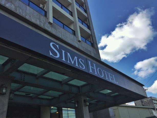 Sims Hotel