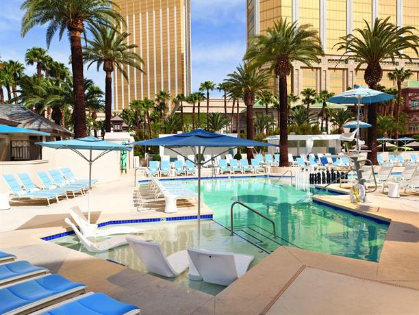 Delano las vegas at mandalay bay die g nstigsten angebote for Swimmingpool angebote