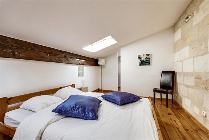 120 notre dame bordeaux compare deals for Hotel notre dame bordeaux