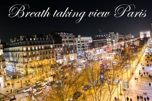 Fantastic view Champs-Elysees up to 4