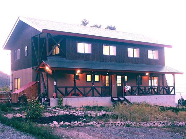 Miyukinomori Youth Hostel
