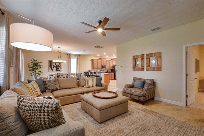 Championsgate Five Bedroom House with Private Pool 909, Loughman ...