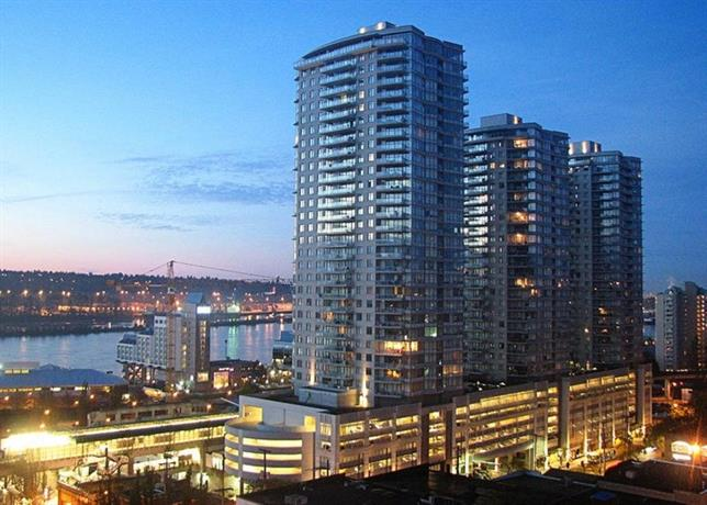 Azure Plaza Downtown New Westminster