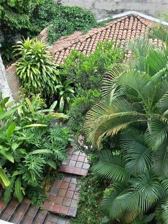 Iguana Hostel Cali