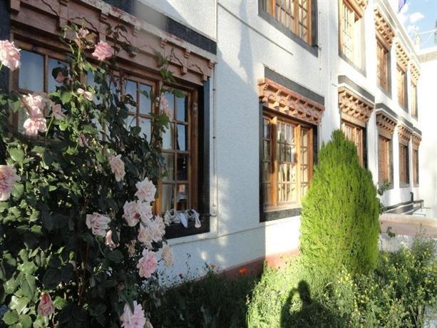 גסטהאוס דורז׳ה גולטוק - הבית של דורז'י צילום של הוטלס קומביינד - למטייל (2)